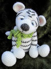 Darling White Crochet Tiger - Electronic Download RAC1201