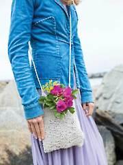 Cliff Rose Handbag Knit Pattern