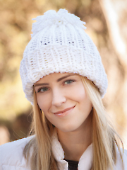 ANNIE'S SIGNATURE DESIGNS: Gold Medal Knit Hat
