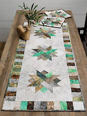 EXCLUSIVELY ANNIE'S QUILT DESIGNS: Nature's Patchwork Table Runner Set