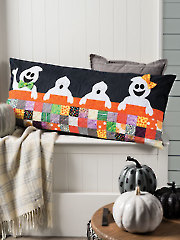 EXCLUSIVELY ANNIE'S QUILT DESINGS: Friendly Ghosts Pillow Pattern or Kit