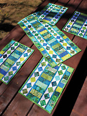 Table Charm Two Table Runner & Place Mats Pattern